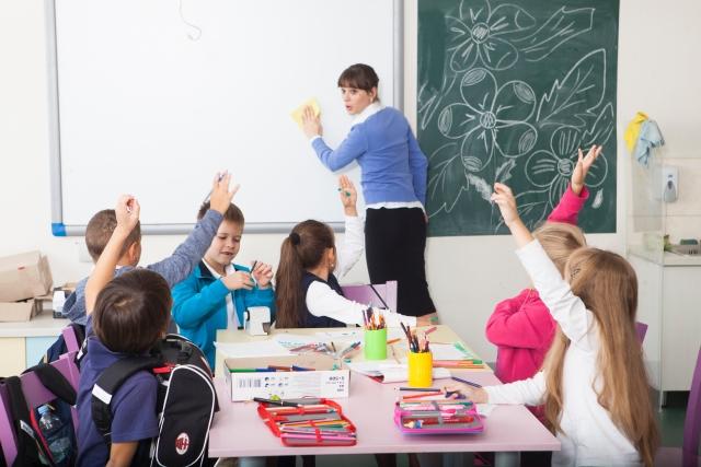 集中力がない子・落ち着きがない子が小学校でスムーズに過ごすためのポイント<ADHD傾向 子育て>